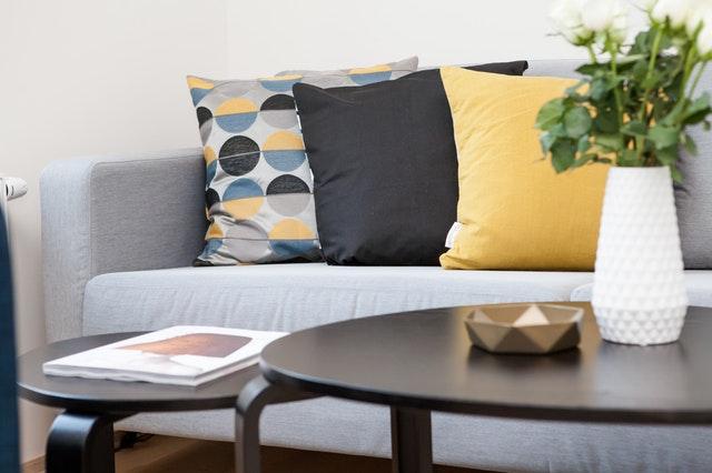 ashtray-book-cushion-decoration-298842